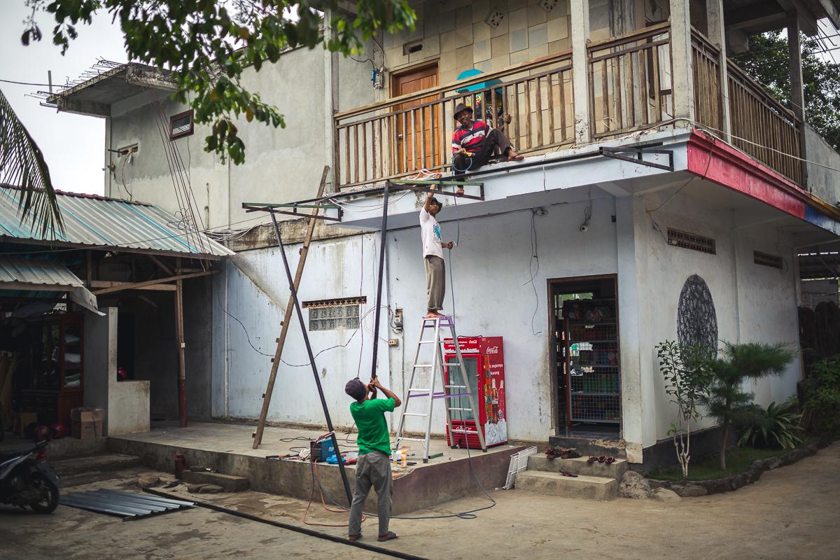 Welding in Indonesia » foto-helm.de